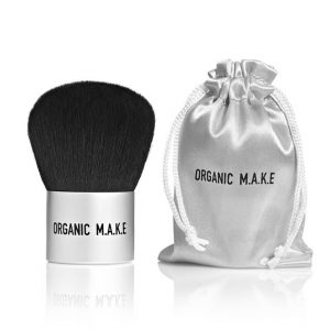 organic-make-kabuki-brush-vegan